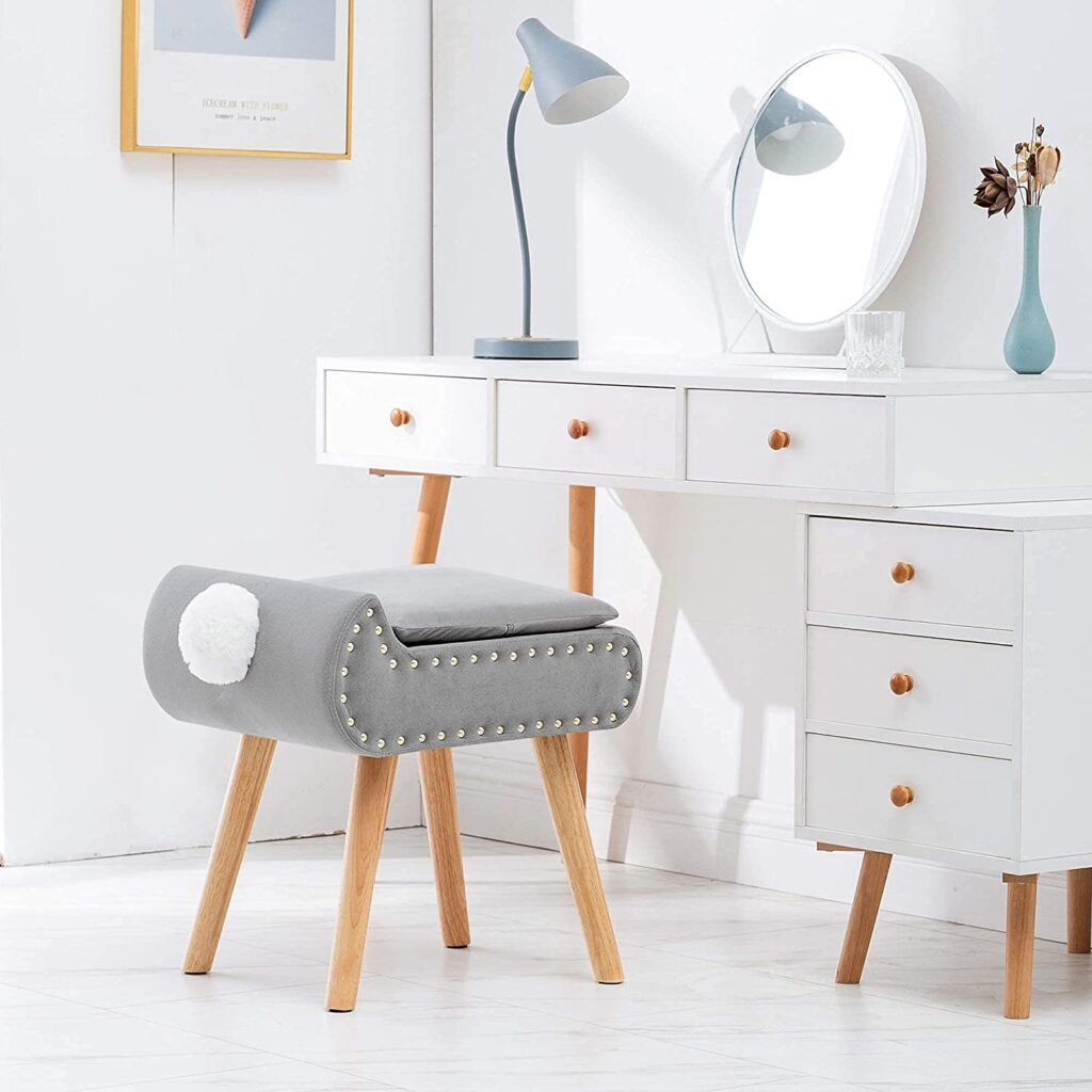 Square Vanity chair for makeup artist